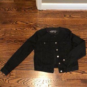 Black Frayed Collar Denim Jacket